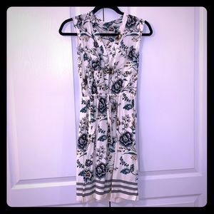 Ann Taylor Loft front tie dress